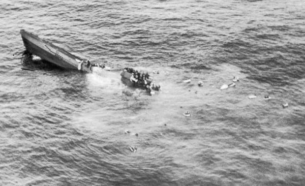 La fin du U-625 U625_sinking